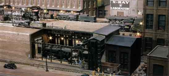 MODEL RAILROAD TRAINS